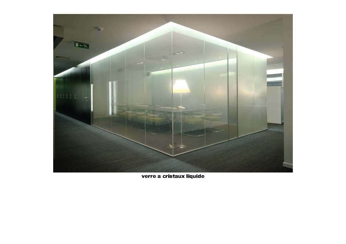 une fa ade en verre cristaux liquide. Black Bedroom Furniture Sets. Home Design Ideas